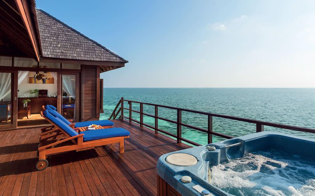 Olhuveli Beach & Spa Maldives 4*,7N